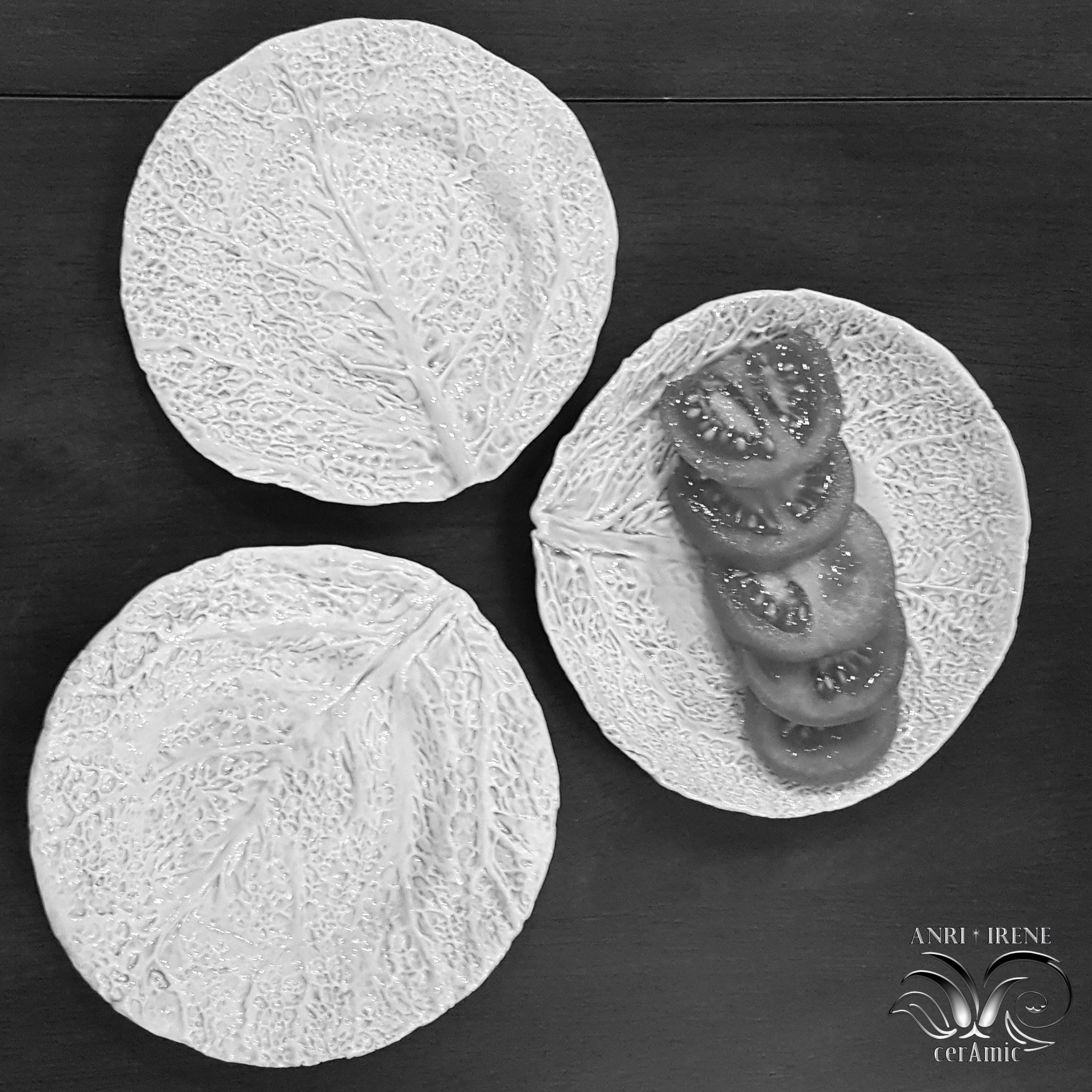 Porcelain lettuce plate