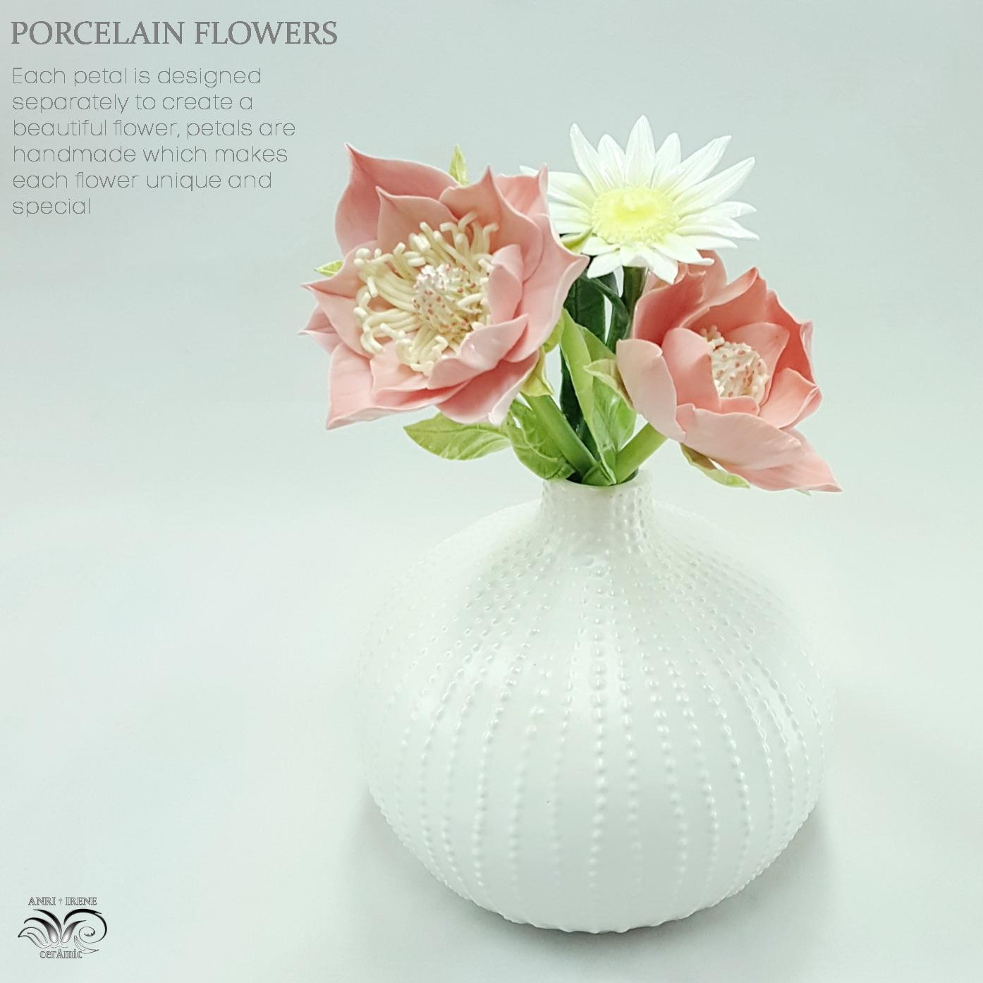 Ceramic porcelain flowers
