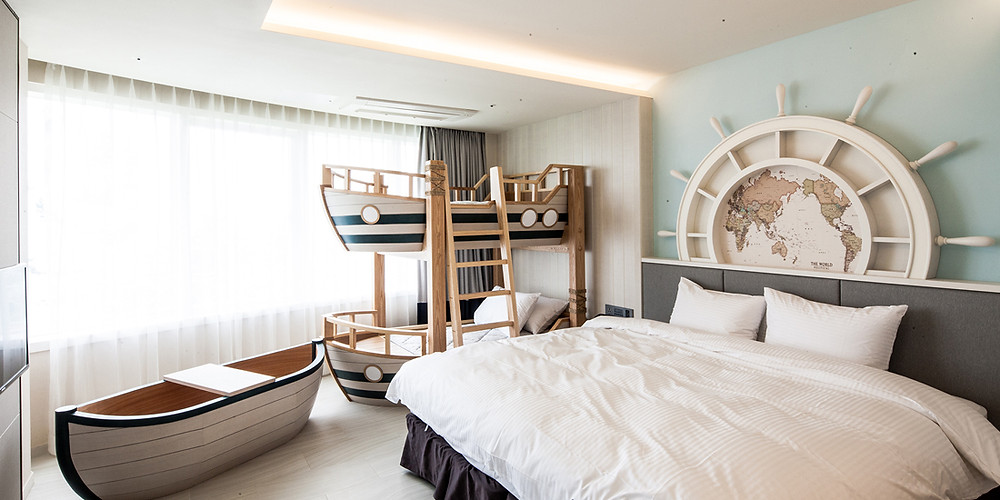 cute room with boat bunkbeds for kids in korea