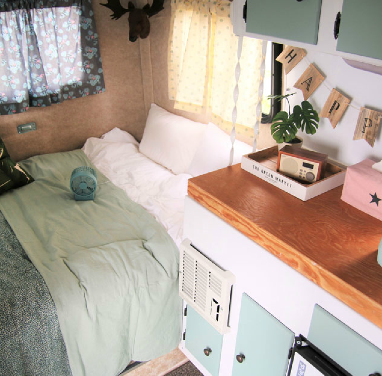 caravan bed in korea