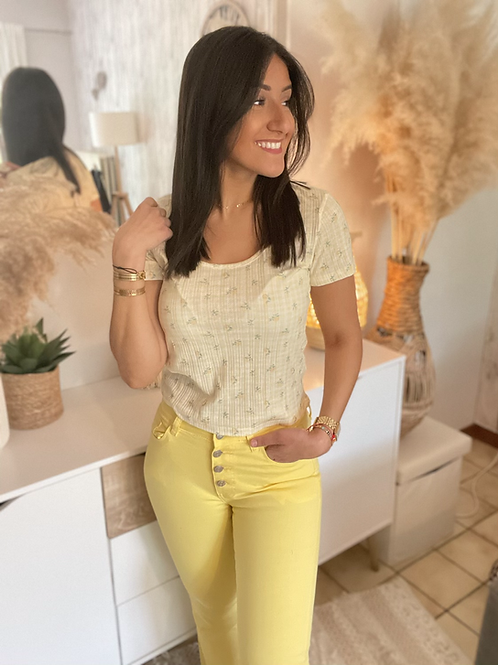 Pantalon jaune boutonné