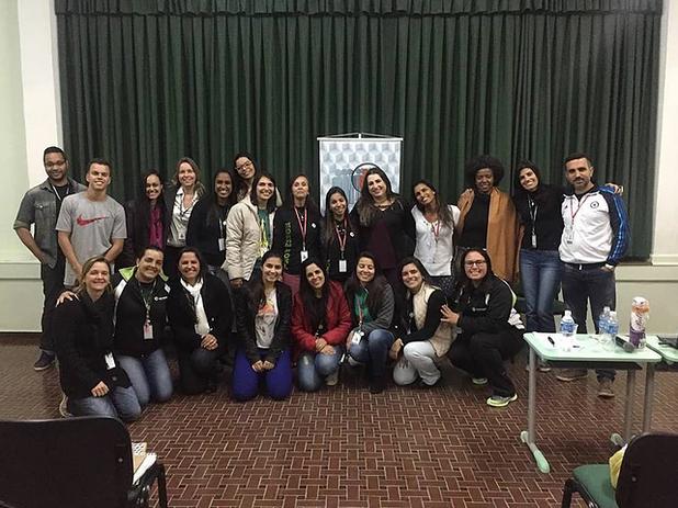 Capacitação personalizada sobre TEA para a equipe pedagógica do Colégio Bom Jesus Menino Jesus - Itaipava
