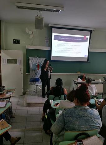 Dra. Ana Paula de Rezende - Psicóloga na Jornada sobre Neuroaprendizagem