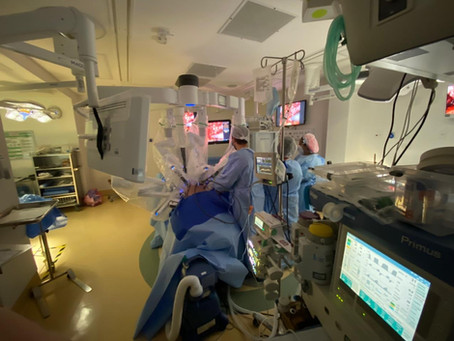 Cirurgia Robótica De Câncer de Próstata - Veja mais sobre a nossa rotina no procedimento