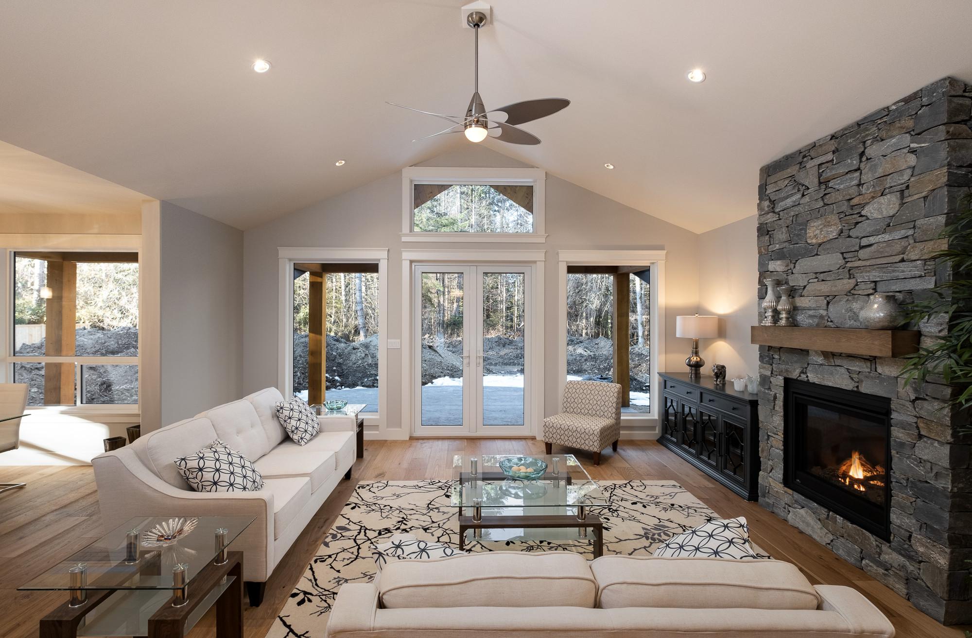 1085 Symons Cres - Living Room 2