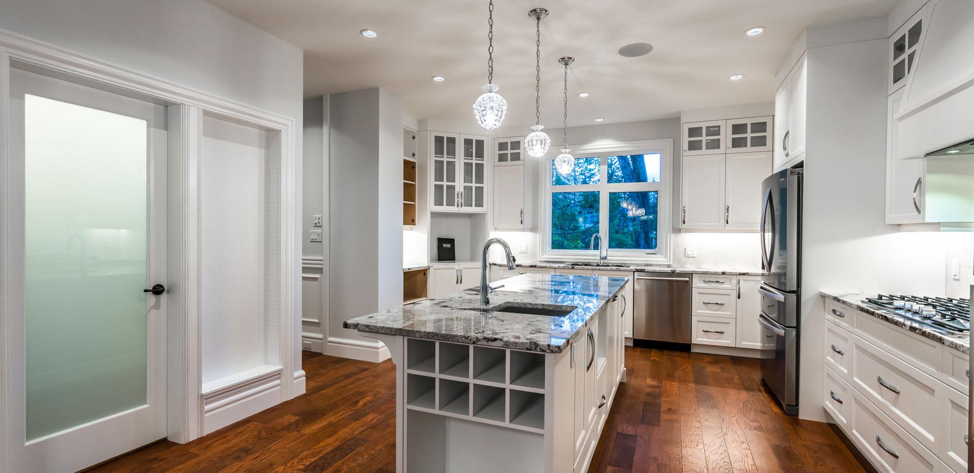 2847 Ashcraft Main House Kitchen3jpg