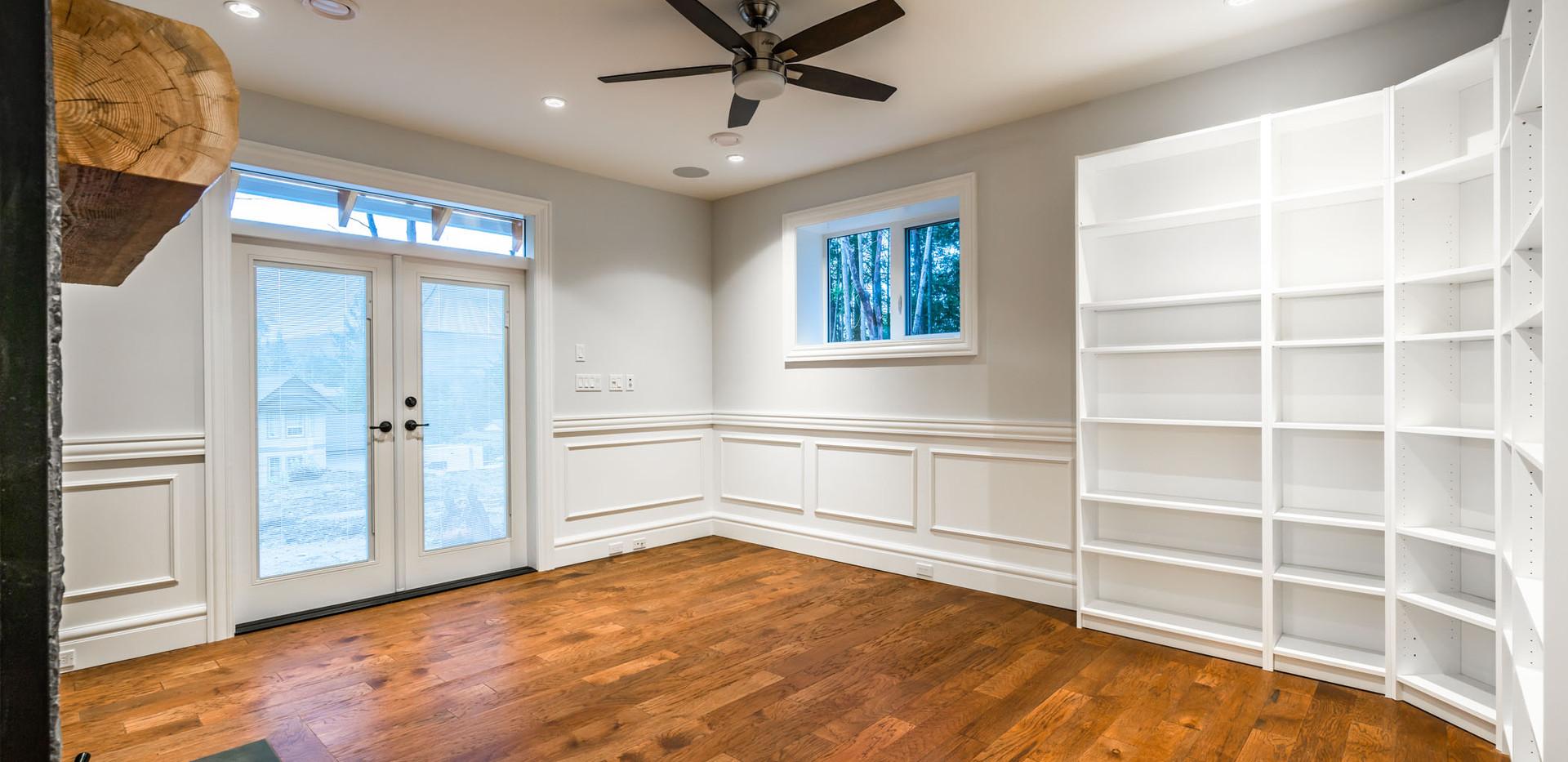 2847 Ashcraft Basement Livingroom 3.jpg