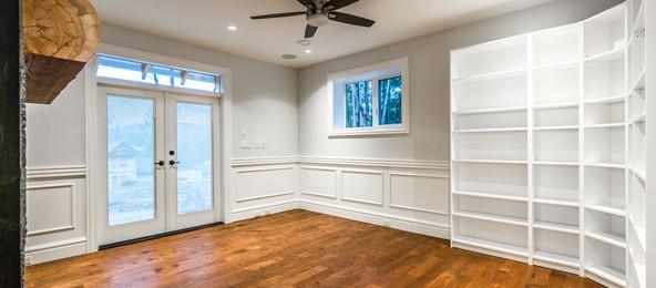2847 Ashcraft Basement Livingroom