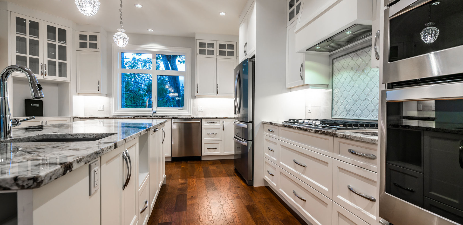 2847 Ashcraft Main House Kitchen2.jpg
