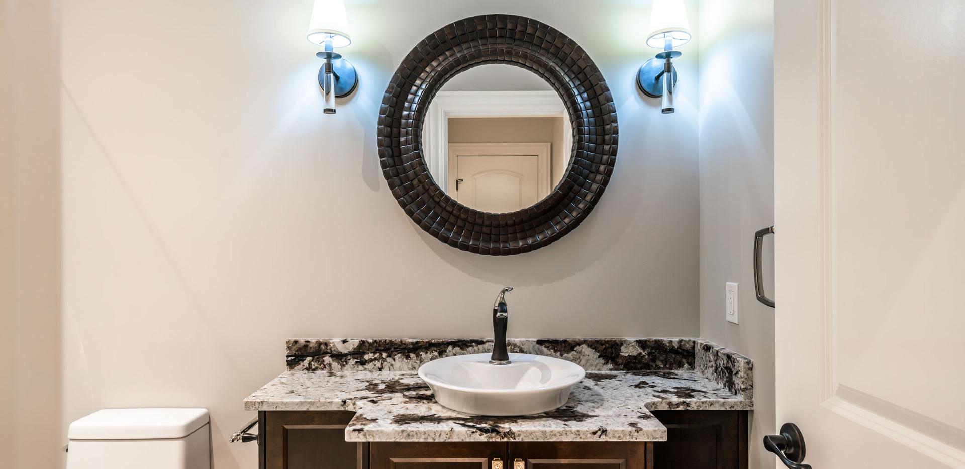 2847 Ashcraft Main House Main Bathroom3.