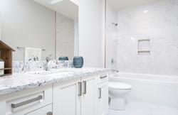 574 Avalon - Bathroom2