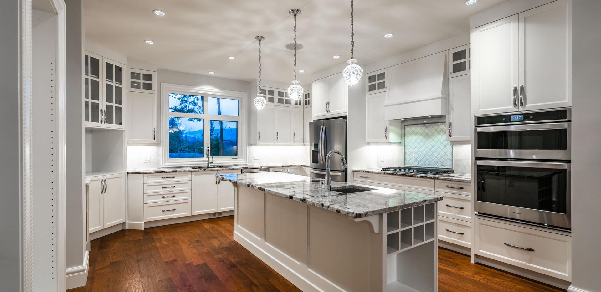 2847 Ashcraft Main House Kitchen16.jpg