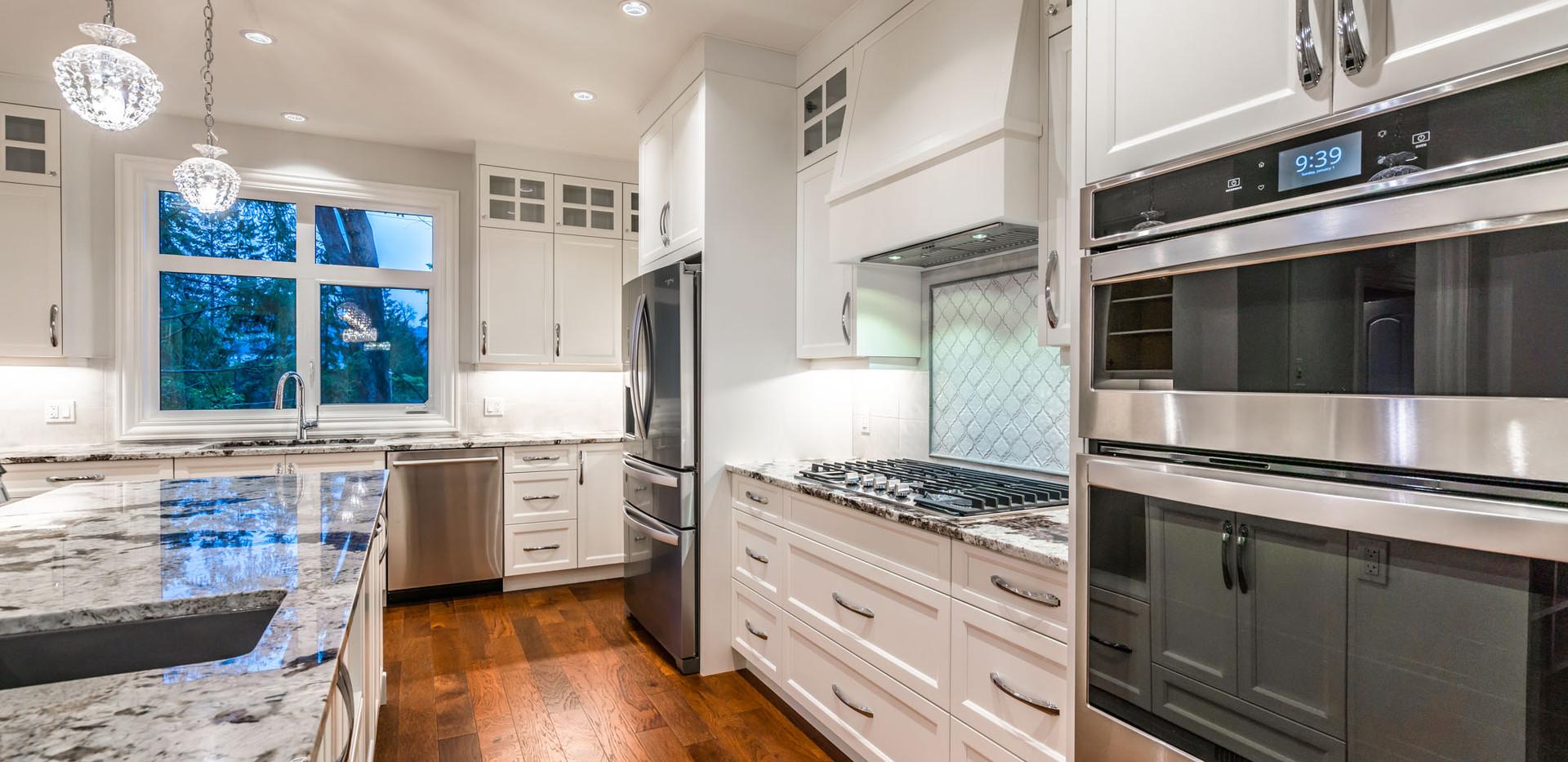 2847 Ashcraft Main House Kitchen13.jpg