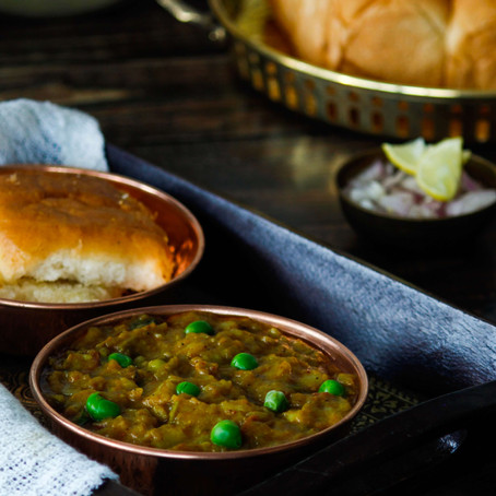 A Simple Guide To a Healthier Pav Bhaji, the King of Indian Street Food
