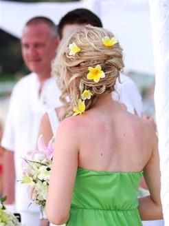 Bridesmaid on 15 Feb09 (Small).jpg