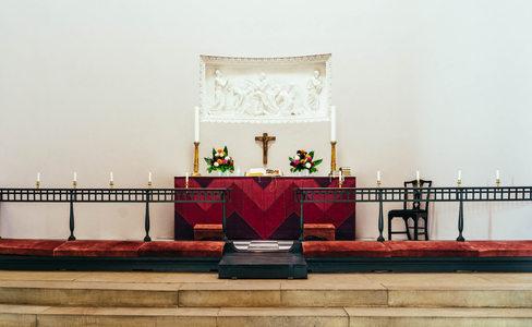 hrsholm-kirke-9.jpg