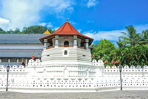 Sri-Dalada-Maligawa-Temple-of-the-Tooth-