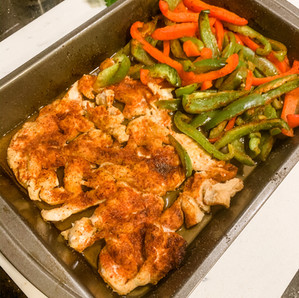 EASY ONE-PAN FAJITAS