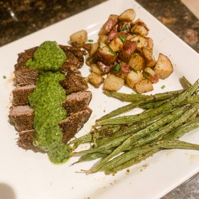 STEAK & CHIMICHURRI SAUCE