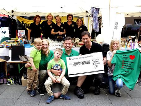 """Coburger Narrhalla übergibt Spende  über 1.111€ an Selbsthilfegruppe  """"Eltern helfen Eltern"""""""