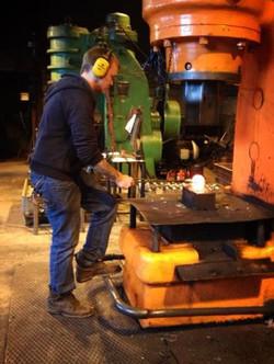 Power hammer, Air hammer, Forging