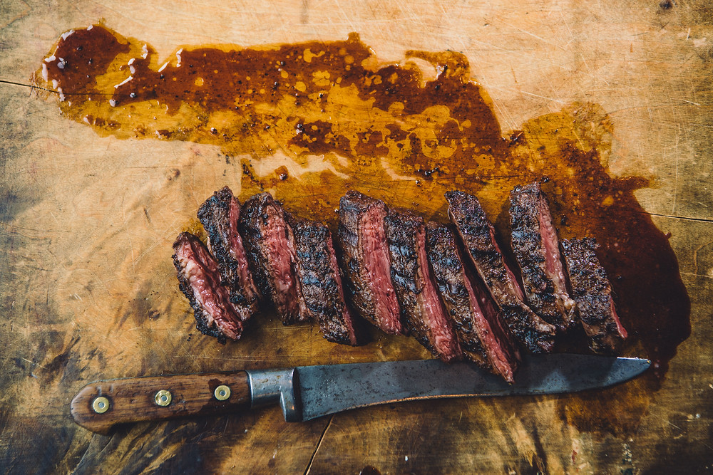 GRILLED HANGER STEAK AND DARK COFFEE RUB for the meat lovers who enjoy goose island craft beer