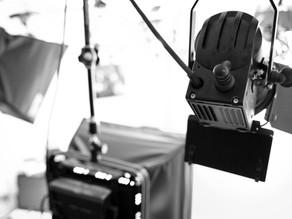 Studioproduktion mit Teleprompter & Greenscreen