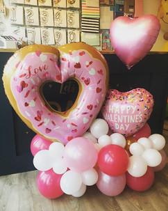 This cute balloon arrangement was made f