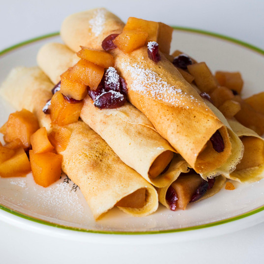 Crepes with cinnamon caramelized  apples