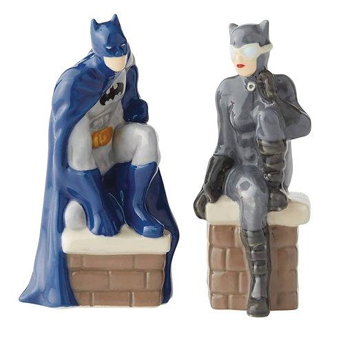 DC BATMAN AND CATWOMAN SALT & PEPPER SHAKER