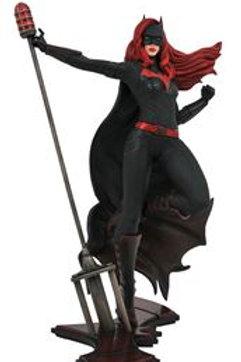 DC TV Gallery Batwoman PVC Diorama