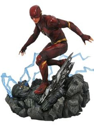 DC Gallery Justice League Movie The Flash PVC Diorama