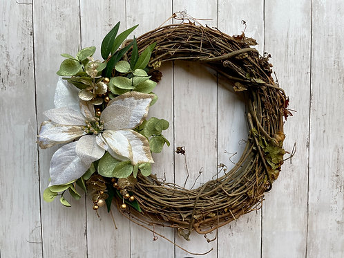 """14"""" Poinsettia Wreath"""