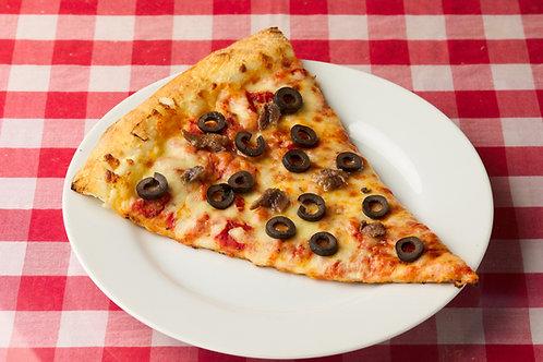 アンチョビとブラックオリーブのピザAnchovy & Black Olive