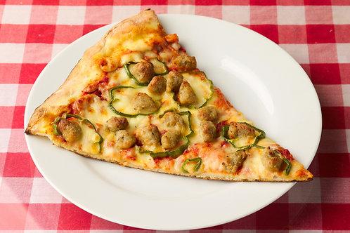 イタリアンソーセージとピーマンのピザ Italian Sausage & Green Peppers