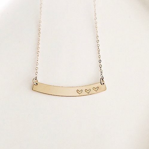 Heart Curved Bar Necklace