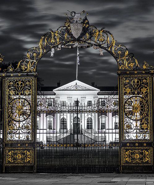 WARRINGTON GOLDEN GATES