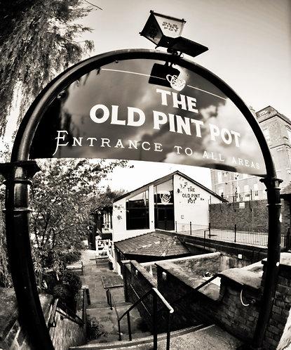 Salford The Old Pint Pot Pub