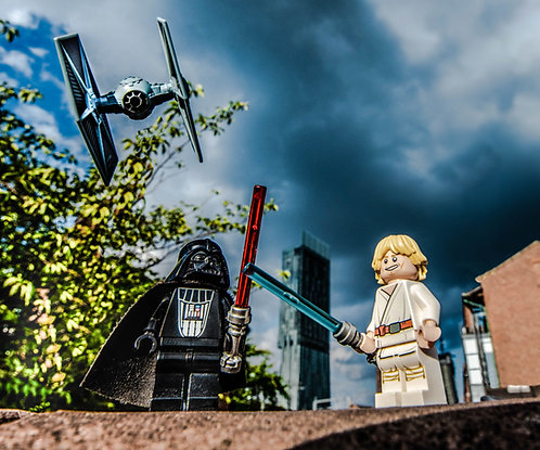 Darth Vader & Luke Skywalker Star Wars - Manchester (Lego Minifigures)