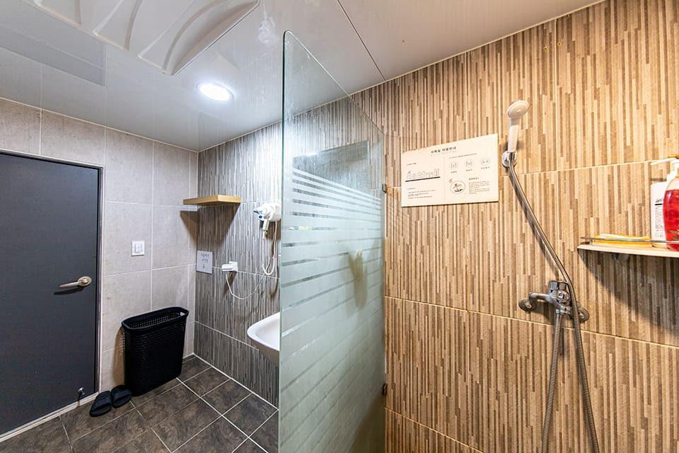 분당 서현역 오로라 샤워룸