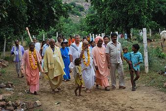 Srila Bishnu Maharaja and Krishna devotees.