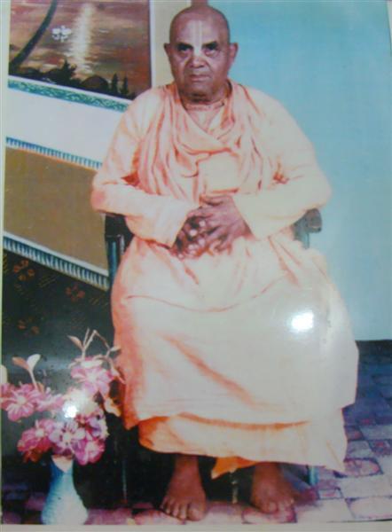 Bhakti Jeevan Janardan Maharaj (Medium).JPG