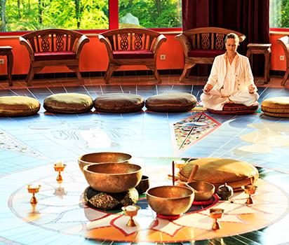 Meditation i Tea Room