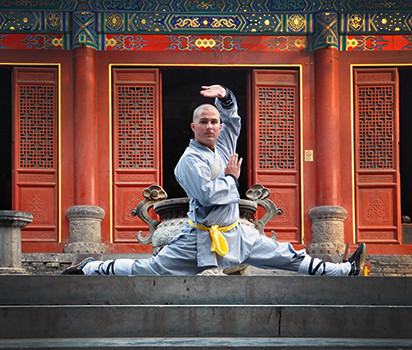 Nicke tränar på Shaolin