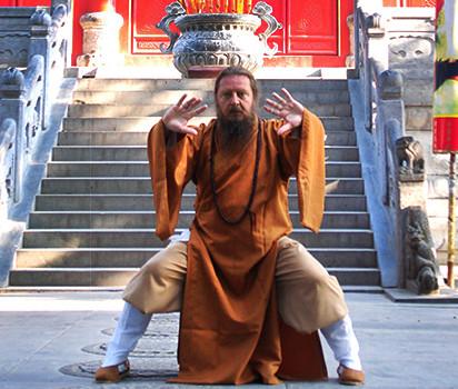 Qigongmästare Marcus på Shaolin Temple i Kina