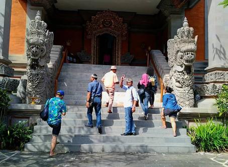 """พิพิธภัณฑ์ """"Rudana""""@Bali"""