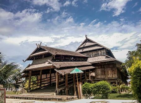 """พระราชวังเก่าในอดีต """"Istana Dalam Loka""""@Indonesia"""