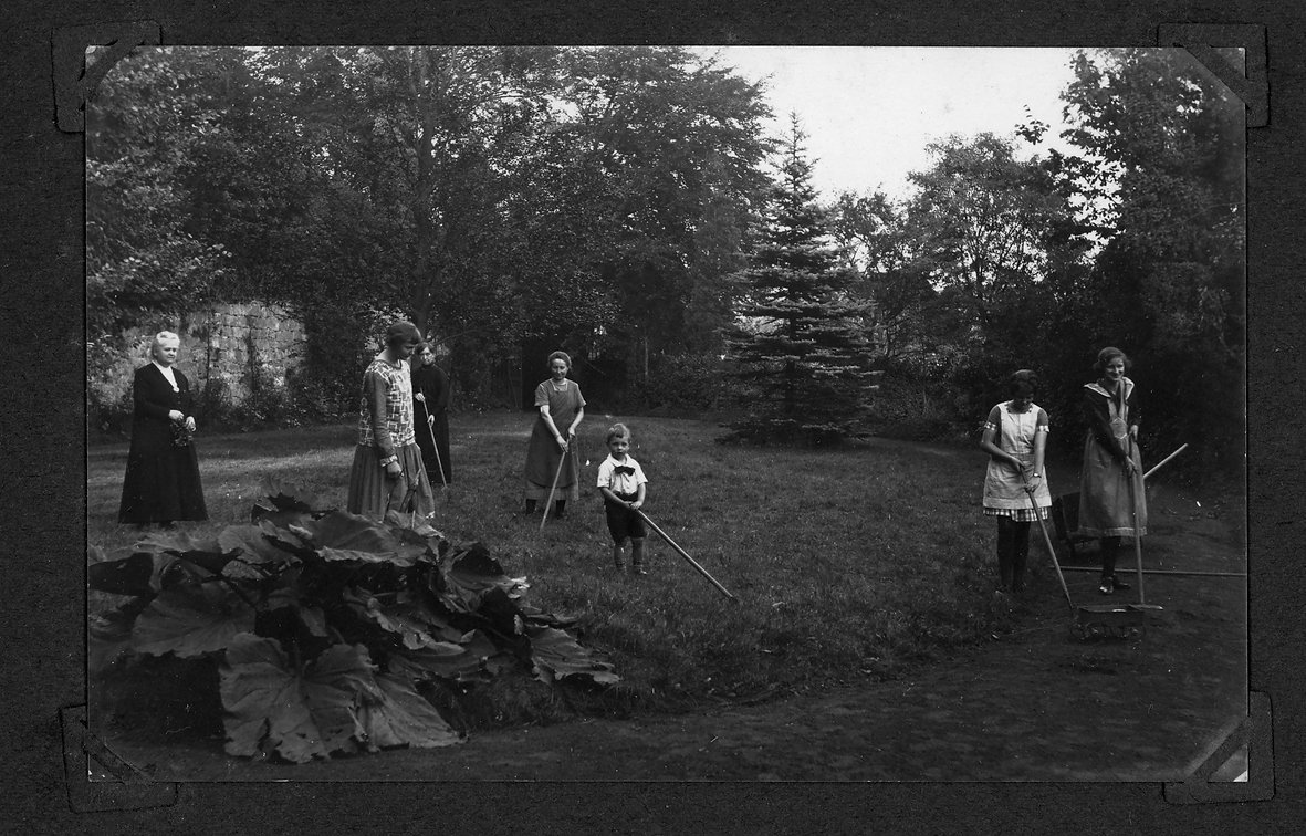 family story 1389german family album1.jp