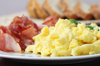 Scrambled eggs and bacon.jpg