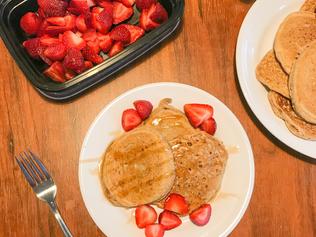 Vegan Apple Cinnamon Pancakes - dairy, egg, soy, refined sugar free!